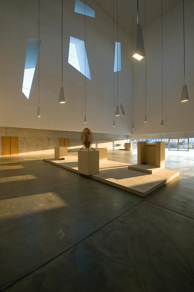Chiesa San Paolo, Foligno (PG), Italia, 2001-2009. (Foto: Moreno Maggi)