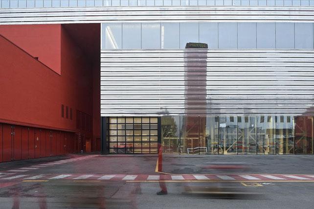 Ferrari, Stabilimento industriale, Maranello (MO). Progettista: Atelier Jean Nouvel (2009).