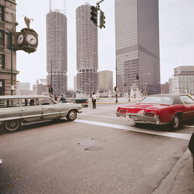 Marina City e John Hancock Center, Chicago, Illinois. Photo credits: © 1972 Mario Bellini. Courtesy Humboldt Books