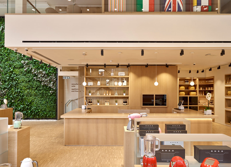 Greenbuilding magazine, SMEG, Store Regent-Street, Londra Ph. © Potters Instinct Photography