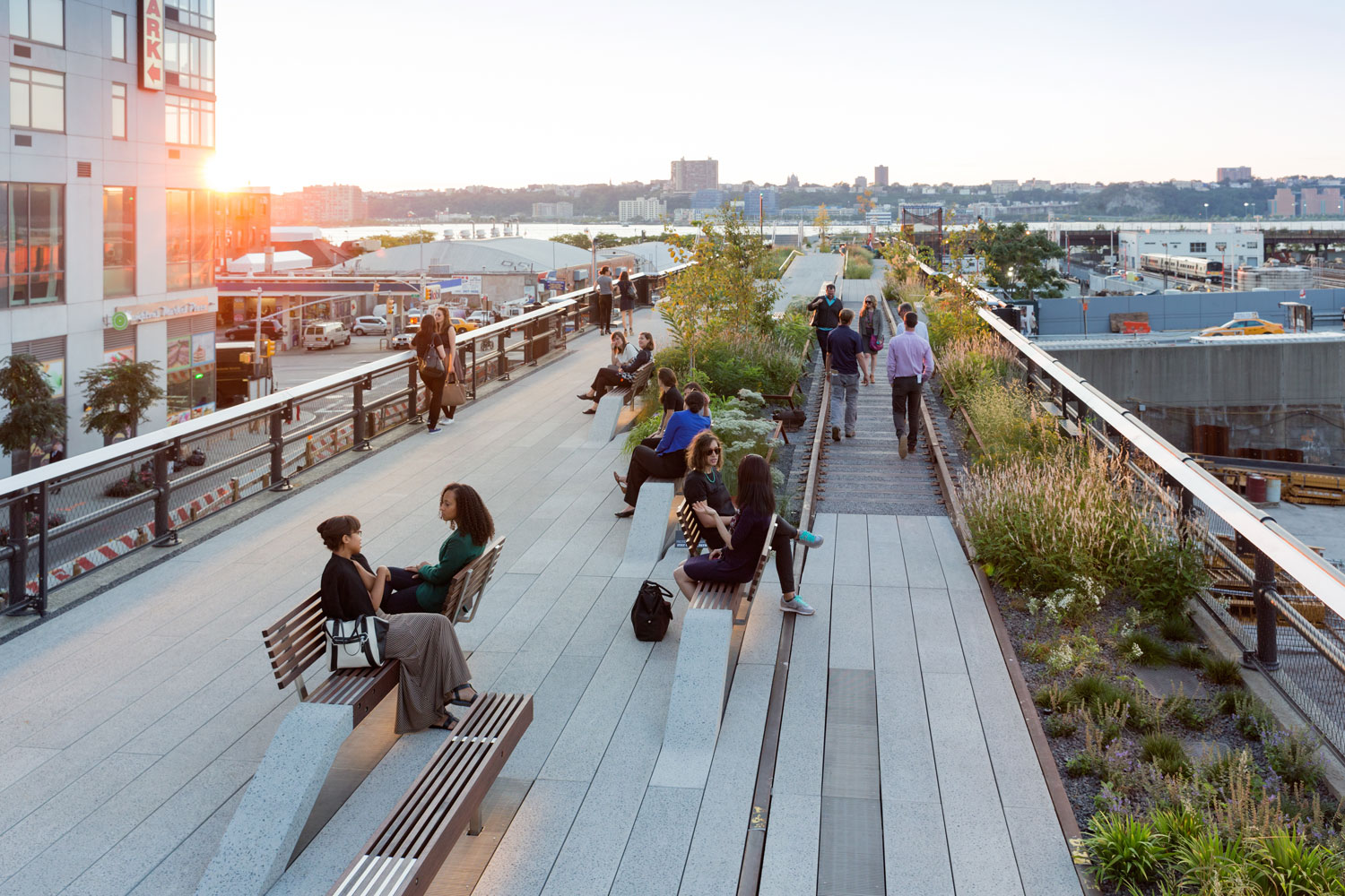 Greenbuilding magazine, High Line, New York. Photo by Iwan Baan